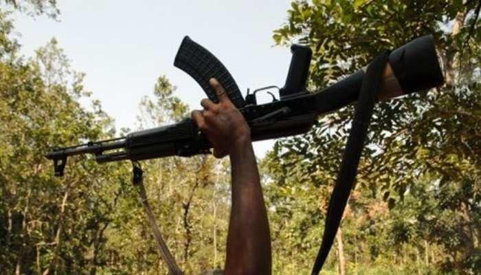 चतरा : नक्सलियों और कोबरा बटालियन के बीच भीषण मुठभेड़, एक की मौत