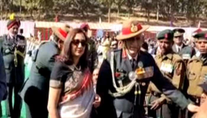 शहीद लांस नायक अलबर्ट एक्का के गांव चैनपुर पहुंचे आर्मी चीफ जनरल बिपिन रावत