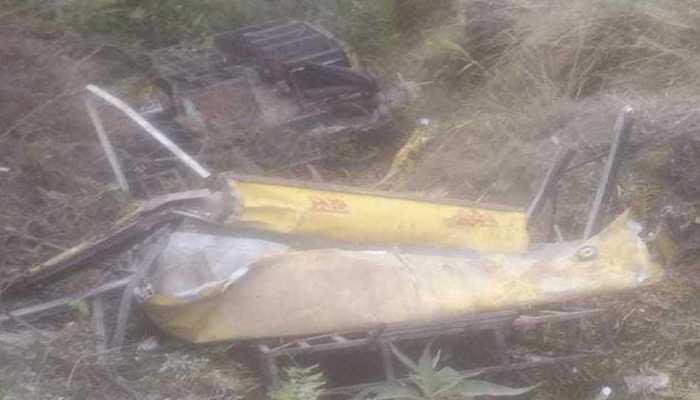 सिरमौर में भीषण हादसा, खाई में गिरी स्कूल बस, ड्राइवर समेत 7 बच्चों की मौत