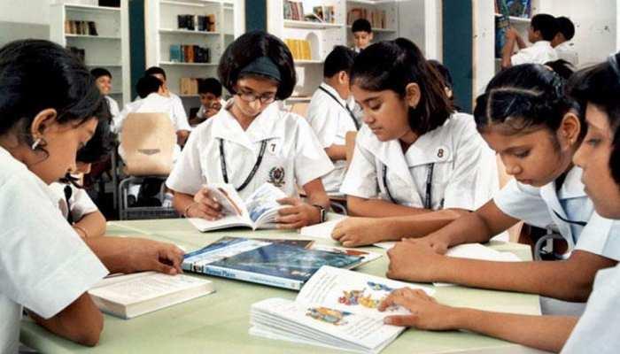 Board Exams 2019: छात्र भूल कर भी न करें ये काम, बुरा हो सकता है अंजाम