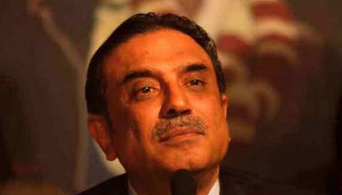 PAK: मनी लॉर्डिंग मामले में पूर्व राष्ट्रपति आसिफ अली जरदारी पर कसा शिकंजा, संपत्ति जब्त करने की हुई सिफारिश