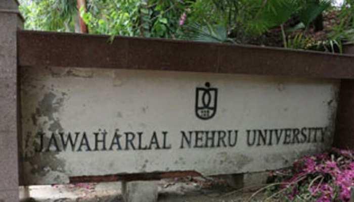 JNU में चीजें हास्यास्पद रूप से बिगड़ रही हैं : जेएनयू प्रोफेसर