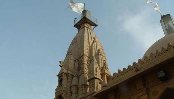 बांग्लादेश में फिर से निशाने पर हिंदू मंदिर, असामाजिक तत्वों ने की तोड़फोड़
