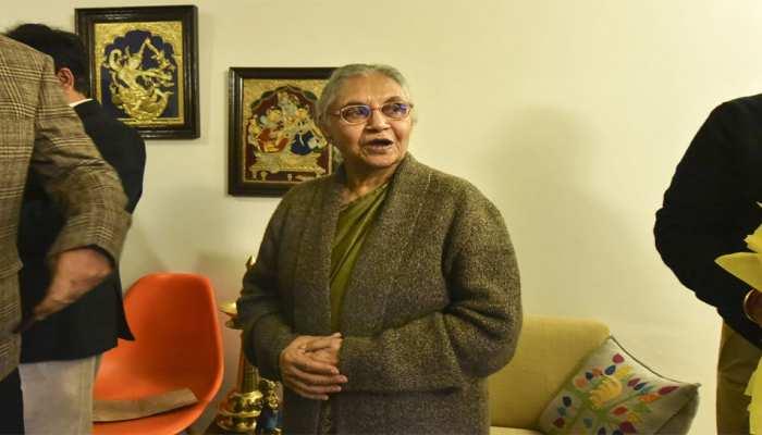 दिल्ली कांग्रेस में नेतृत्व के संकट का नतीजा है दीक्षित की वापसी : AAP