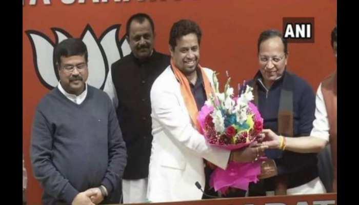 तृणमूल से BJP में शामिल हुए सोमित्र ख़ान की शर्त मंजूर, बिष्णुपुर से ही लड़ेंगे लोकसभा चुनाव