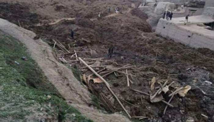 मध्य इंडोनेशिया में भूस्खलन से 1 बच्चे की मौत, 3 घायल