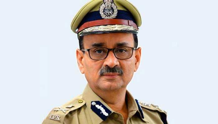 सीबीआई चीफ के पद से हटाए जाने के बाद आलोक वर्मा ने इस्तीफा दिया