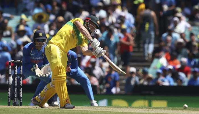 INDvsAUS: मार्श, ख्वाजा की फिफ्टी और रिचर्डसन के 'चौके' ने दिलाई ऑस्ट्रेलिया को जीत