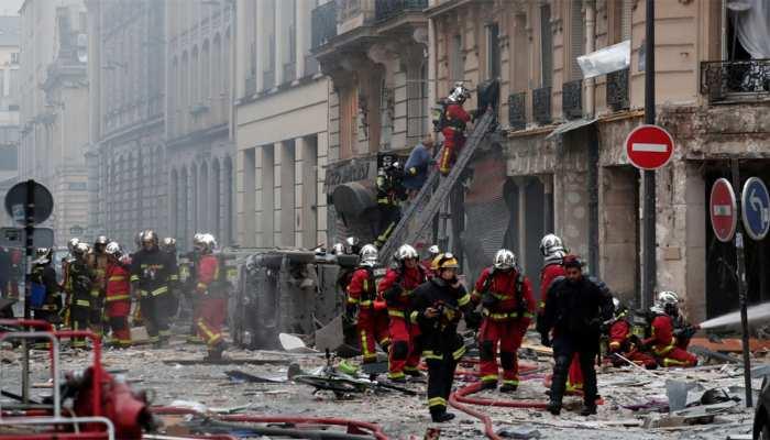 मध्य पेरिस में धमाका, दो दमकलकर्मियों और एक स्पेनिश टूरिस्ट की मौत