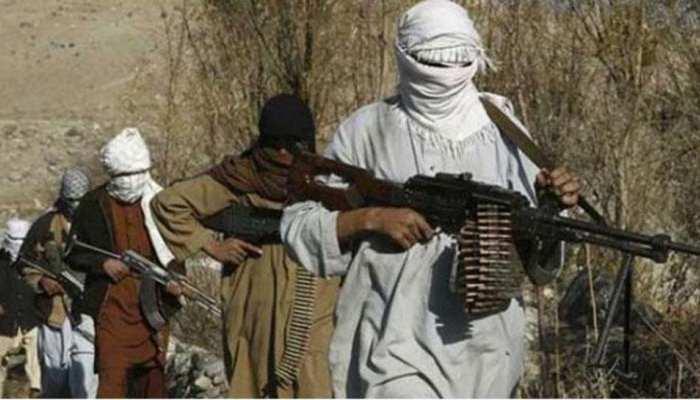 सेना कैंप हमले में ढेर आतंकी के कपड़े सूंघकर डॉग ने आतंकियों के घुसने का रास्ता बताया था