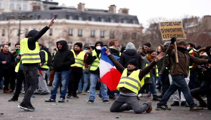 नौवें फ्रांसीसी पीली कुर्ती प्रदर्शन में हजारों ने निकाला मार्च