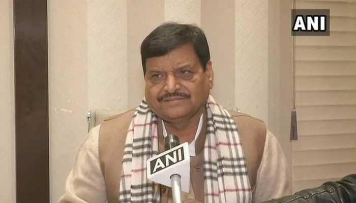 शिवपाल यादव ने बढ़ाया कांग्रेस की ओर दोस्ती का हाथ, क्या यूपी में बनेगा नया गठबंधन!
