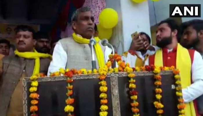 योगी के मंत्री राजभर का विवादित बयान,कहा-जो नेता दंगा कराए, उसे आग लगाकर जला दो