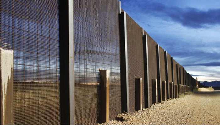 अमेरिका-मेक्सिको सीमा पर अहम भूमिका निभाएगी सेना: पेंटागन
