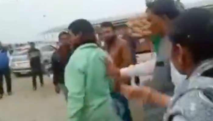Video: सरकारी कर्मचारी को गाली देते कैमरे में कैद हुईं BSP MLA, बोलीं- जरूरत पड़ने पर मारूंगी भी