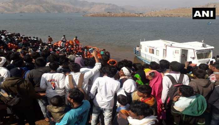 महाराष्ट्र : नर्मदा नदी में नाव डूबने से पांच की मौत, 39 को बचाया गया