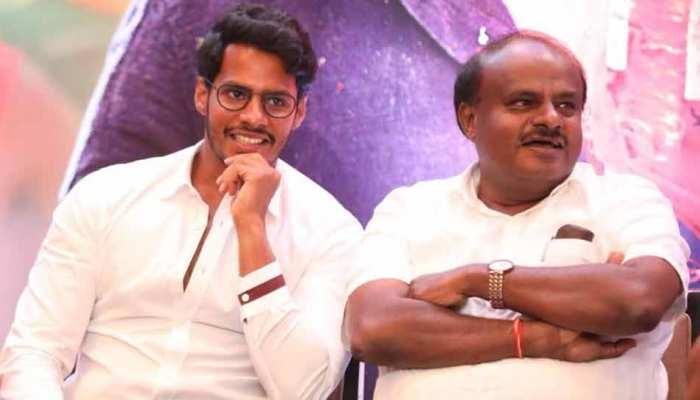 Kumaraswamy watched Trailer of Son's Movie amid political crisis in Karnataka