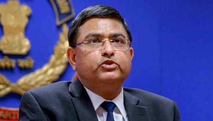 CBI के विशेष निदेशक राकेश अस्थाना व तीन अन्य अधिकारियों का कार्यकाल किया गया कम