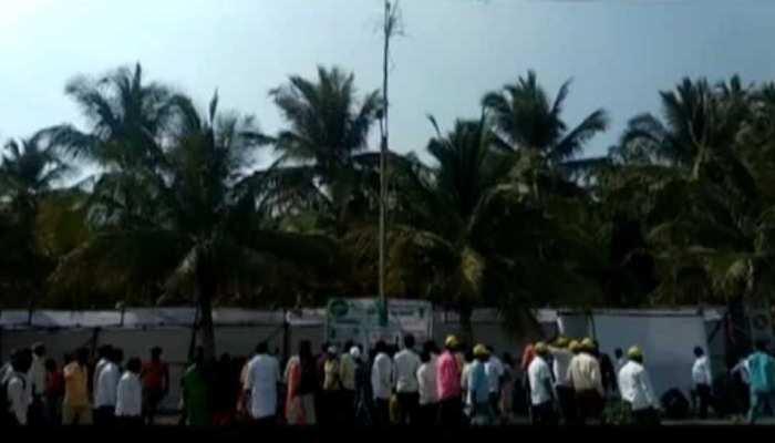 पुणेः ये है दुनिया का सबसे लंबा गन्ना, 40 फीट है लंबाई