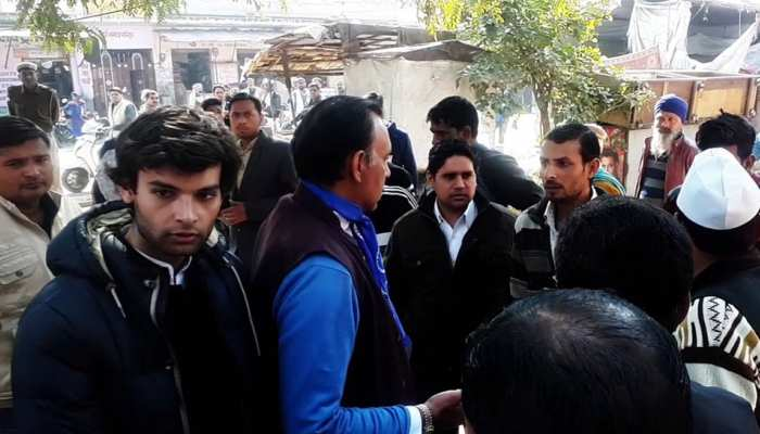 रामगढ़ में वोटिंग के दौरान जगत सिंह के बेटे ने किया मीडिया से दुर्व्यवहार