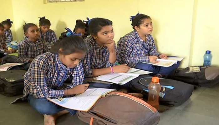 Unique initiative of 'Beti Bachao, Beti Parhao' in Rajkot, 9000 class will be named on the names of daughters