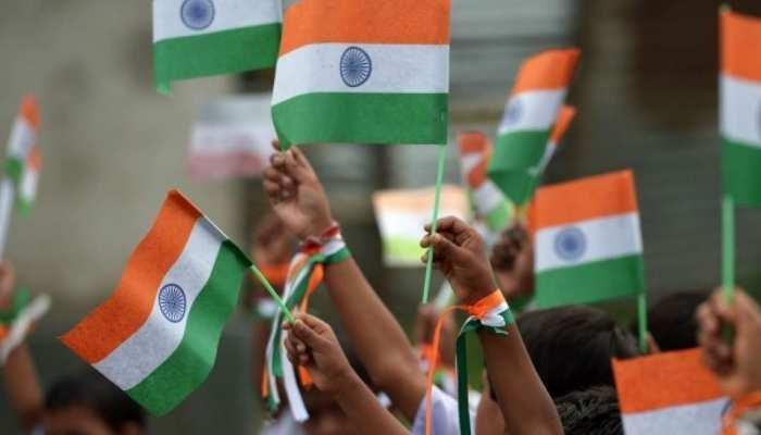 UP में अब नहीं कर सकेंगे प्लास्टिक निर्मित राष्ट्रीय ध्वज का प्रयोग, आदेश जारी