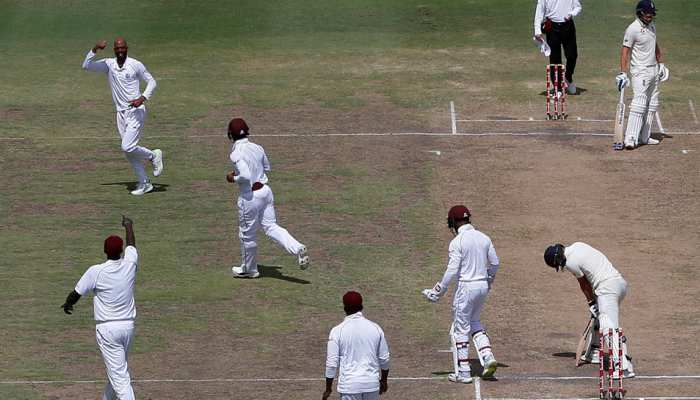 WIvsENG: मां के निधन के बाद भी मैदान पर उतरा विंडीज का खिलाड़ी, क्रिकेट जगत ने किया सलाम