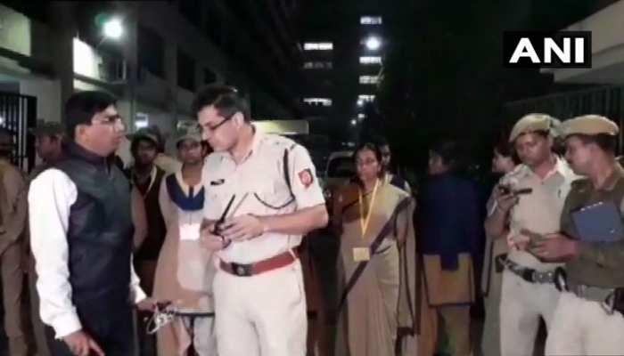CBIvsWBPOLICE: कोलकाता में राजनीतिक उबाल, केंद्रीय मंत्री ने कहा- राष्ट्रपति शासन लगाया जाना चाहिए