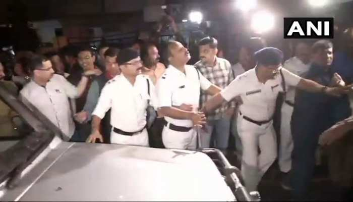 जानिए किस वजह से बंगाल में मचा कोहराम, CBI ने मारा छापा तो पुलिस ने जबरन किया गिरफ्तार