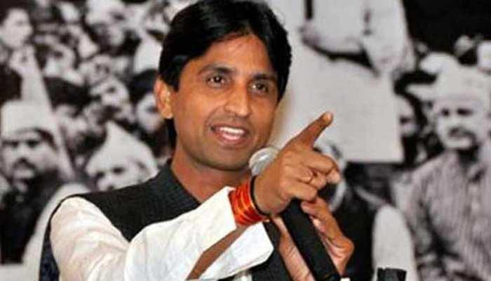 कुमार विश्वास का तंज, 'एक CM के आने से नष्ट हो रहा था लोकतंत्र, दूसरे से बचेगा'