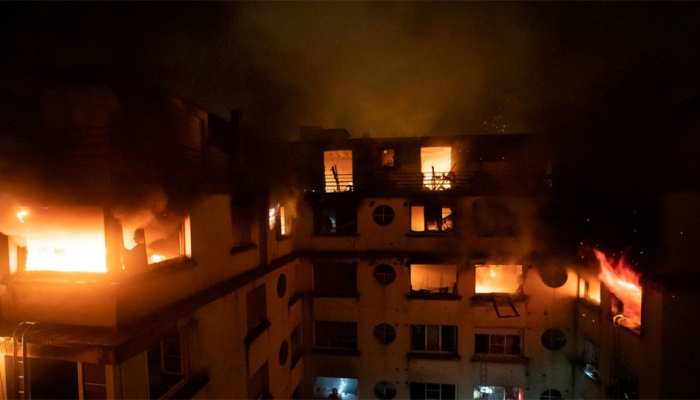 पेरिस में इमारत में लगी आग में 10 लोगों की मौत
