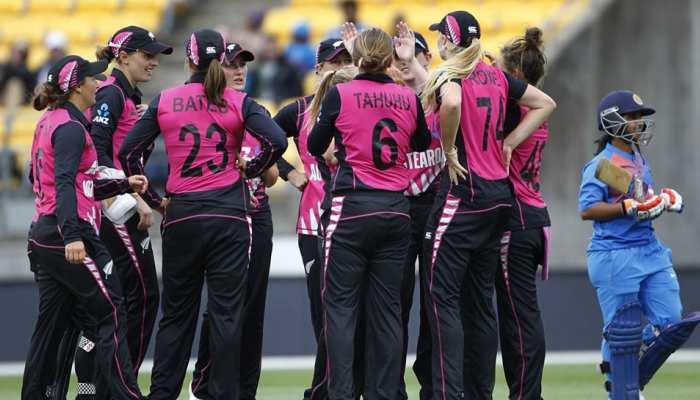 INDWvsNZW: पहले टी20 वुमन टीम इंडिया जीत से चूकी, न्यूजीलैंड ने 23 रनों से हराया