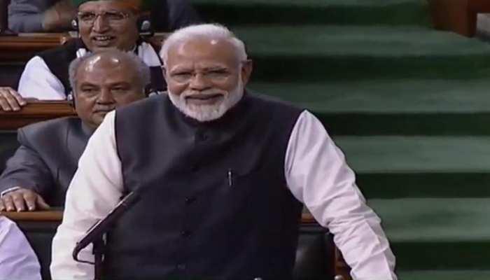 VIDEO: पीएम मोदी ने बताए कांग्रेस के लिए BC और AD का अर्थ