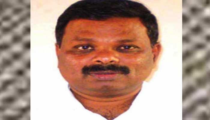 केरल: विधायक ने महिला आईएएस अफसर को 'बिना दिमाग वाली' कहा