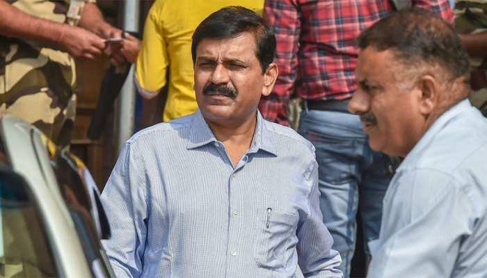 CJI ने पूछा, अवमानना के आरोपी CBI अधिकारी का बचाव सरकार के पैसे से क्यों?