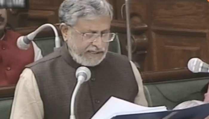 पटना: सुशील मोदी ने पेश किया बजट, कहा - 'वित्तीय प्रबंधन में बिहार सबसे आगे'