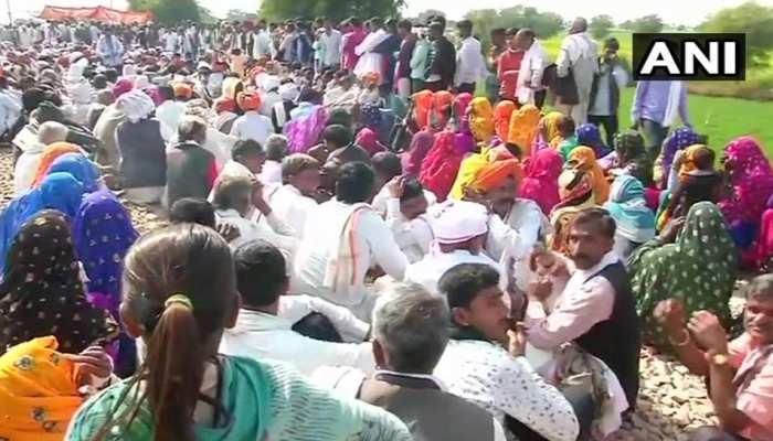 गुर्जर आंदोलन की आंच रेलवे की कमाई पर, रोजाना साढ़े 3 करोड़ का नुकसान