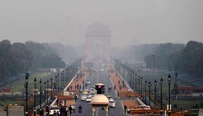 दिल्ली की वायु गुणवत्ता 'बहुत खराब' बनी हुई है : अधिकारी