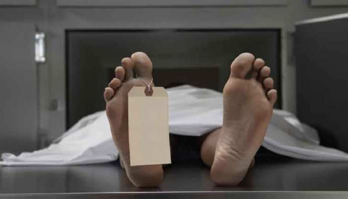 IPS अफसर के पिता को डॉक्टरों ने घोषित किया मृत, बेटे ने कहा, जिंदा हैं, जानिए क्या है मामला