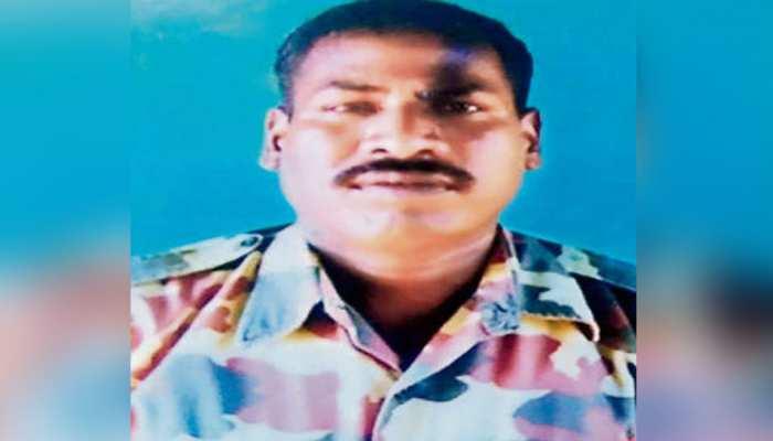पुलवामा हमलाः शहीद संजय ने ड्यूटी पर जाने से पहले किया था बेटी की शादी का वादा