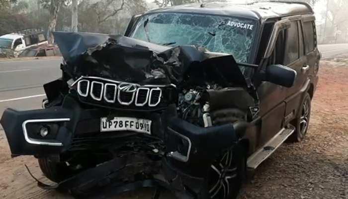 आगरा : भीषण सड़क हादसे में एक ही परिवार के 5 लोगों की मौत, छह घायल
