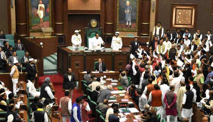 मप्र विधानसभा में शहीद जवानों को श्रद्धांजलि, पाकिस्तान के खिलाफ निंदा प्रस्ताव पारित