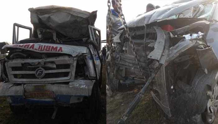 यमुना एक्सप्रेस-वे पर दर्दनाक हादसा, एंबुलेंस-कार में भिड़ंत, 7 लोगों की मौत, 4 घायल