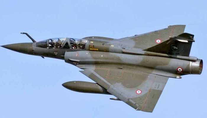 LIVE: वायुसेना ने PoK में घुसकर की कार्रवाई, बौखलाए पाकिस्तान ने दी गीदड़भभकी