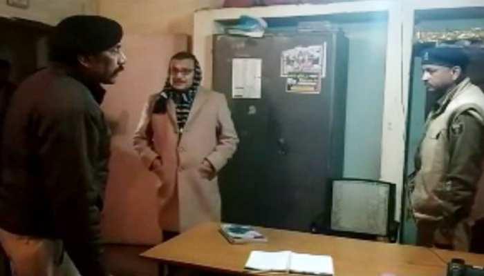 बिहार : DGP गुप्तेश्वर पांडेय ने आरा में थाने का किया औचक निरीक्षण, थानाध्यक्षों को लगई कड़ी फटकार