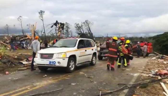 अमेरिका के अलाबामा में तूफान से 14 लोगों की मौत, सैकड़ों लापता