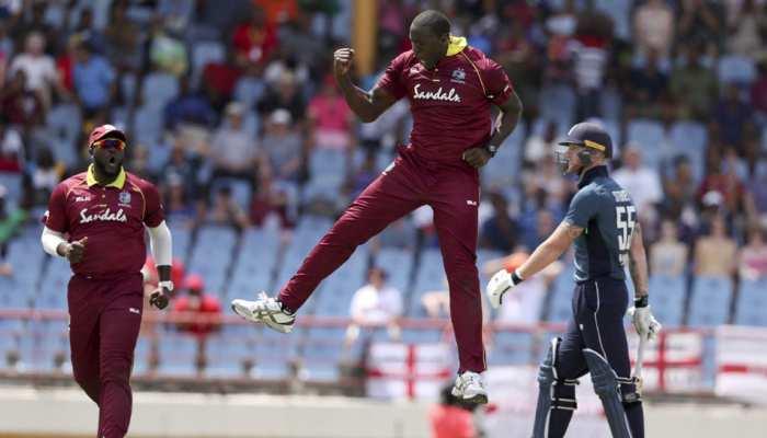रोचक मैच: स्कोर में 2 रन जोड़ने के बाद ही ऑल आउट हो गई दुनिया की नंबर-1 टीम