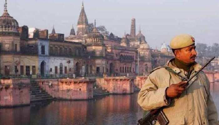 अयोध्या केसः मध्यस्थता के जरिए निकलेगा हल, श्रीश्री रविशंकर समेत 3 सदस्यीय पैनल गठित