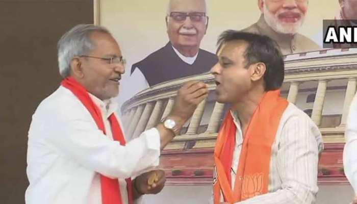 गुजरात: कांग्रेस को एक और झटका, विधायक जवाहर चावड़ा इस्तीफा देकर BJP में शामिल