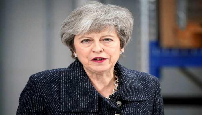 ब्रिटेन की प्रधानमंत्री थेरेसा मे ने ब्रेक्जिट समझौते पर EU से 'एक और जोर' लगाने की अपील की